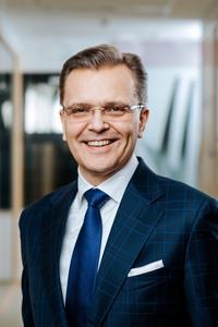 ETL:n hallituksen puheenjohtaja Jari Latvanen